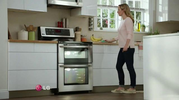 LG EasyClean TV Spot, 'Mom Confession: Self-Cleaning Oven'