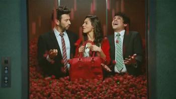Redd's Strawberry Ale TV Spot, 'Elevador' [Spanish] - Thumbnail 6