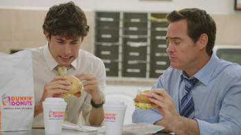 Dunkin' Donuts Hot & Spicy Breakfast Sandwich TV Spot, 'Pico' [Spanish]