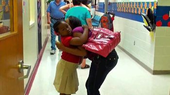 Walmart TV Spot, 'First Day of School' Song by Bruno Mars - Thumbnail 8