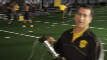 Eastbay TV Spot, 'Field Test' Featuring Rob Riggle and Patrick Peterson - Thumbnail 3