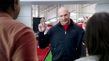 Xfinity TV Spot, 'Don't Get Sacked' Featuring Brian Urlacher - 2273 commercial airings