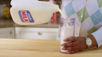 Got Milk? TV Spot, 'Milk vs. Omelete' - Thumbnail 4