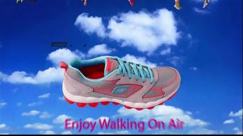 Skechers Skech Air TV Spot, 'Walking on Air' - Thumbnail 10