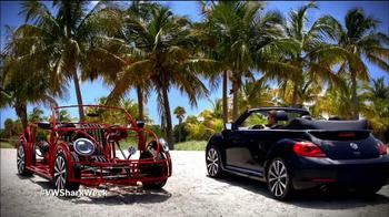 Volkswagen Beetle Convertible TV Spot, 'Shark Week' Featuring Luke Tipple - Thumbnail 2