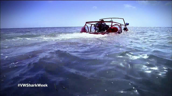 Volkswagen Beetle Convertible TV Spot, 'Shark Week' Featuring Luke Tipple - Thumbnail 4