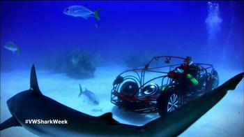 Volkswagen Beetle Convertible TV Spot, 'Shark Week' Featuring Luke Tipple - Thumbnail 9