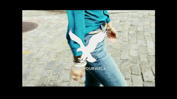 American Eagle Outfitters TV Spot, 'Rock Your Walk' Song by Bruno Mars - Thumbnail 9