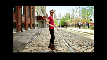 American Eagle Outfitters TV Spot, 'Rock Your Walk' Song by Bruno Mars - Thumbnail 1