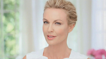 Garnier Anti-Aging BB Cream TV Spot, 'Mother' - Thumbnail 2