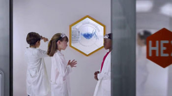 Hexbug Scarab TV Spot, 'Laboratory' - Thumbnail 2