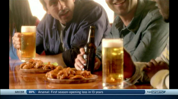 Hooters TV Spot, 'Free Draft Kit' - Thumbnail 8