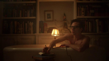 Warby Parker TV Spot, 'The Literary Life Well Lived' Song by The Kinks - Thumbnail 4