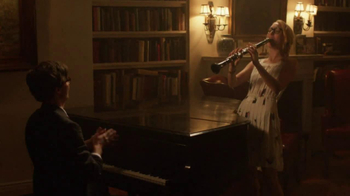Warby Parker TV Spot, 'The Literary Life Well Lived' Song by The Kinks - Thumbnail 8