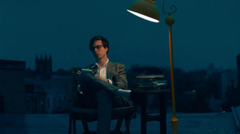 Warby Parker TV Spot, 'The Literary Life Well Lived' Song by The Kinks - Thumbnail 9