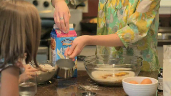 Blue Diamond Almonds Almond Breeze TV Spot, 'Product Review' - Thumbnail 7