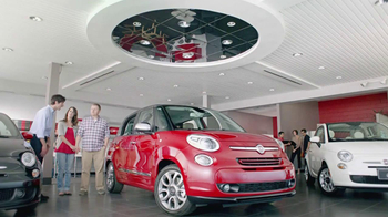 FIAT 500L TV Spot, 'Authentic Italian Family' - Thumbnail 1