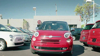 FIAT 500L TV Spot, 'Authentic Italian Family' - Thumbnail 3
