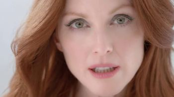 L'Oreal Age Perfect Glow Renewal TV Spot, 'The Power of Essential Oils' Featuring Julianne Moore