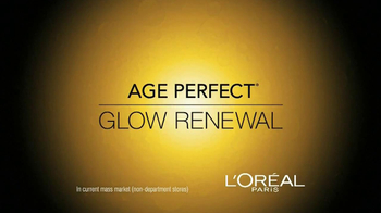 L'Oreal Age Perfect Glow Renewal TV Spot Featuring Julianne Moore - Thumbnail 4