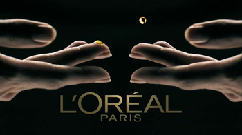 L'Oreal Age Perfect Glow Renewal TV Spot Featuring Julianne Moore - Thumbnail 8