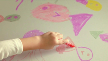 Crayola Doodle Magic Mat TV Spot, 'A Four Year Old and Markers' - Thumbnail 3