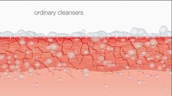 Neutrogena Ultra Gentle Daily Cleanser TV Spot Featuring Jennifer Garner - Thumbnail 4