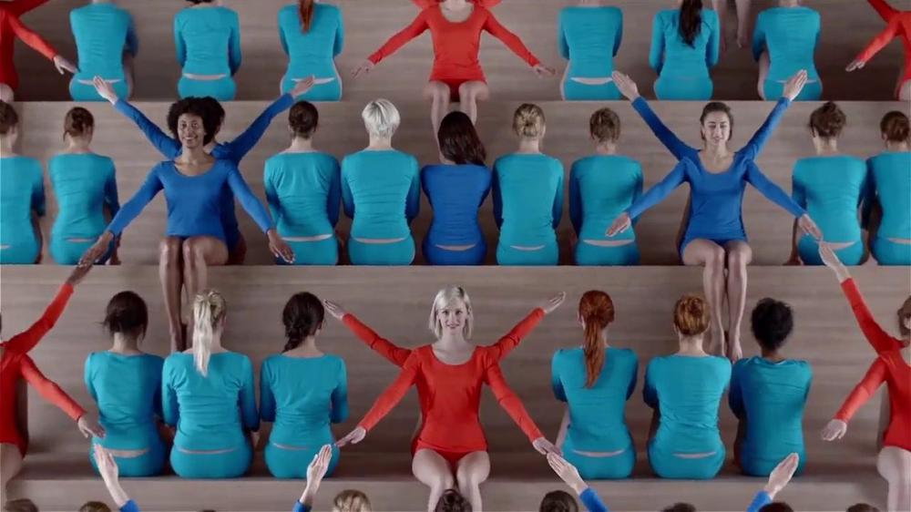 Hanes TV Commercial, 'Color Wheel' Song by Izabo