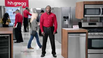 h.h. gregg Labor Day Sale TV Spot, 'Working' - Thumbnail 10