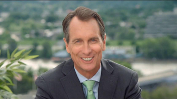 Western & Southern TV Spot, Feat. Cris Collinsworth - Thumbnail 8