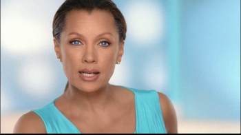 Clear Eyes Redness TV Spot, 'Multi-Symptom Relief' Ft. Vanessa Williams - Thumbnail 2