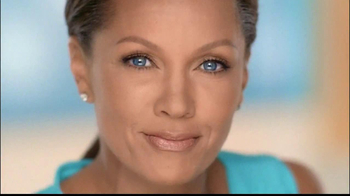 Clear Eyes Redness TV Spot, 'Multi-Symptom Relief' Ft. Vanessa Williams - Thumbnail 3