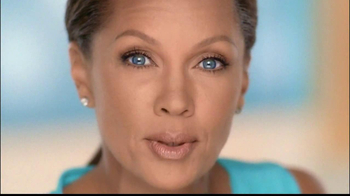 Clear Eyes Redness TV Spot, 'Multi-Symptom Relief' Ft. Vanessa Williams - Thumbnail 4