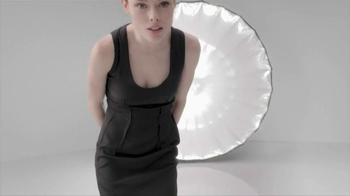 Loreal Paris Youth Code Texture Perfector TV Spot, 'A New Level of Skin Quality' - Thumbnail 10