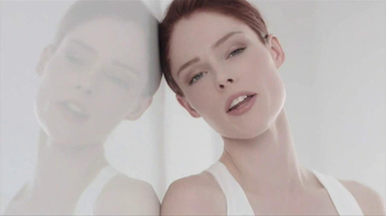Loreal Paris Youth Code Texture Perfector TV Spot, 'A New Level of Skin Quality' - Thumbnail 3
