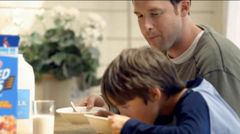 Frosted Flakes TV Spot, 'Catch with Dad' - Thumbnail 7