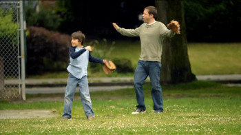 Frosted Flakes TV Spot, 'Catch with Dad' - Thumbnail 4