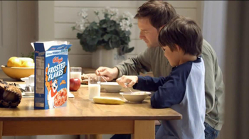Frosted Flakes TV Spot, 'Catch with Dad' - Thumbnail 6
