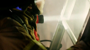 Streamlight TV Spot, 'Heroes' - Thumbnail 4