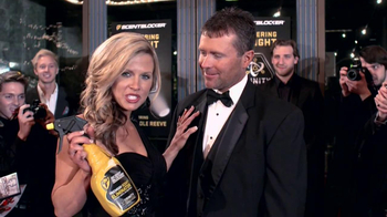 ScentBlocker TV Spot, 'Red Carpet' Featuring Nicole Reeves - Thumbnail 9