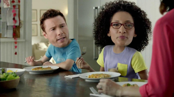 Kraft Verde Chicken Enchilada TV Spot Featuring Carla Hall, Rocco DiSpirito - Thumbnail 3
