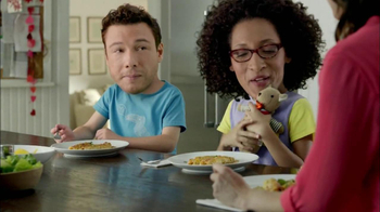 Kraft Verde Chicken Enchilada TV Spot Featuring Carla Hall, Rocco DiSpirito - Thumbnail 8