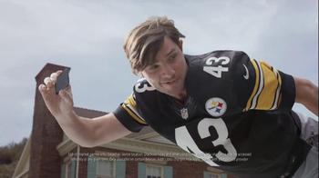 DIRECTV NFL Sunday Ticket TV Spot, 'Flying' - Thumbnail 3