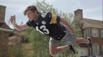 DIRECTV NFL Sunday Ticket TV Spot, 'Flying' - Thumbnail 6