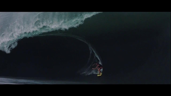 Oakley TV Spot, 'Big Wave' - Thumbnail 6