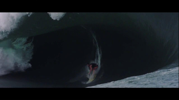 Oakley TV Spot, 'Big Wave' - Thumbnail 8