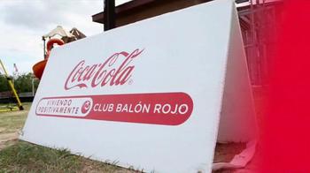 Coca-Cola TV Spot, 'Club Balón Rojo' - Thumbnail 2