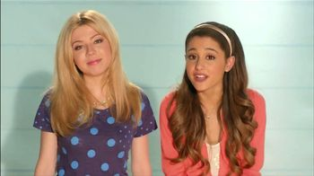 Old Navy TV Spot Featuring Ariana Grande and Jennette McCurdy