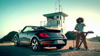 Volkswagen Beetle Convertible Turbo TV Spot 'Reggie Riffs' - 9 commercial airings