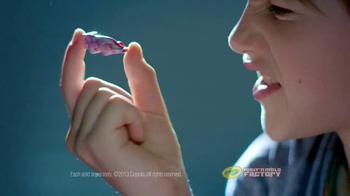 Crayola Melt 'n Mold Factory TV Spot, 'Make Them Better' - Thumbnail 9